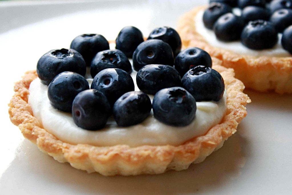 blueberry cream pies