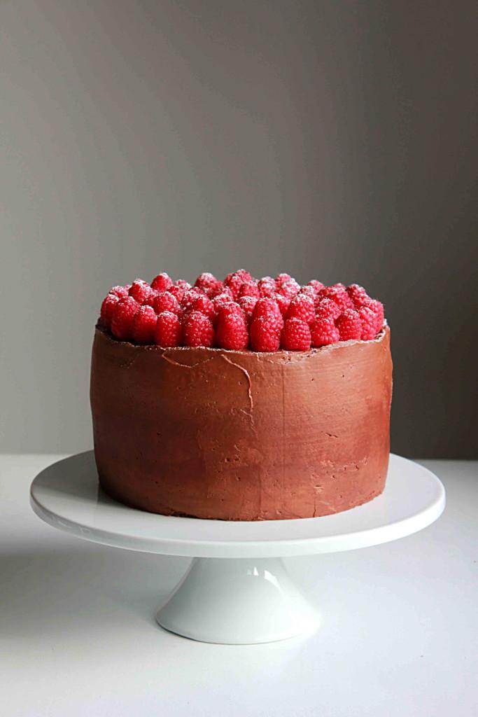 chocolate and raspberry supreme cake