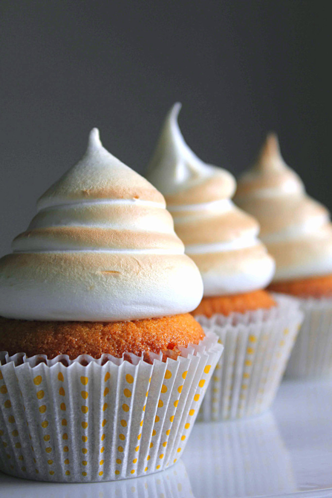 vanilla cupcakes with salted caramel filling