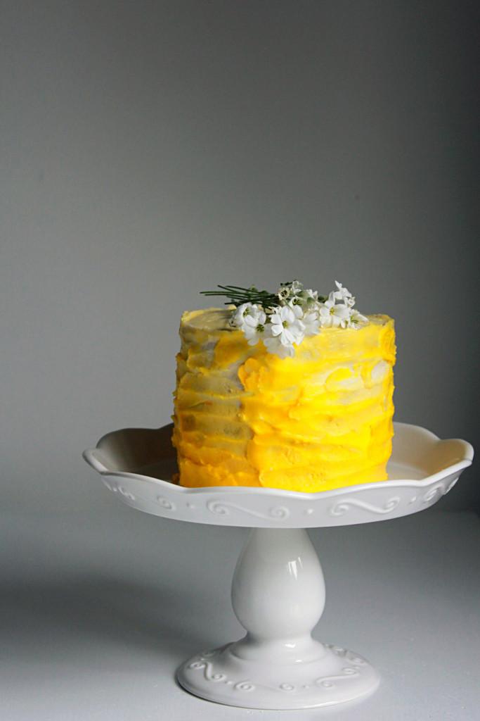 lemon ombre cake