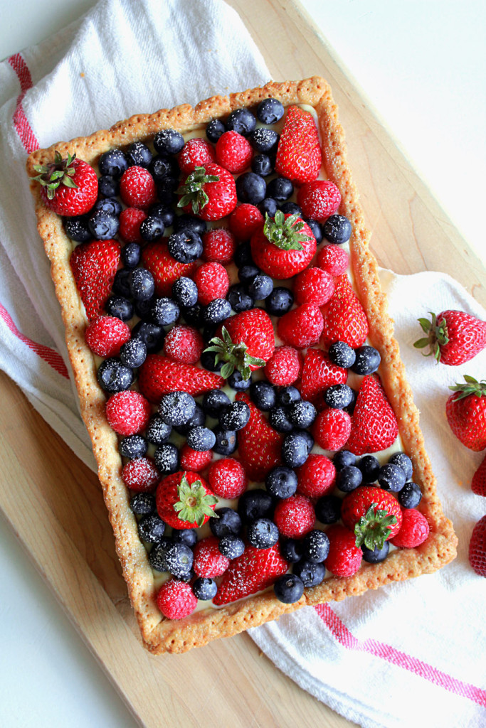 fresh berry tart