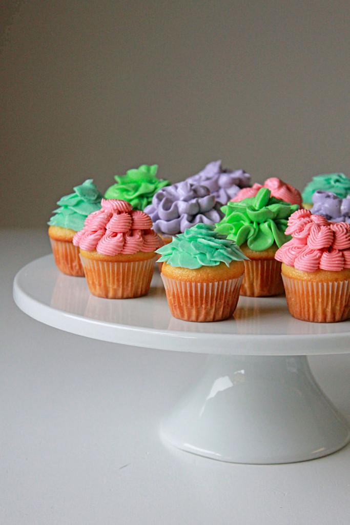 spring flower mini cupcakes