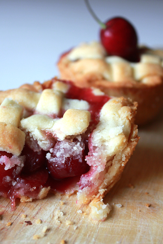 cherry shortbread pies